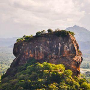 Día 2 Sri Lanka : Aukana, Dambulla, Pidurangala y las vistas de Sigiriya