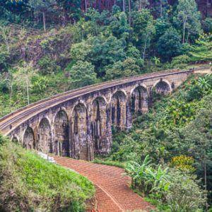 Día 4 Sri Lanka: Ella, en las tierras altas, entre montañas, campos de té y vías del tren