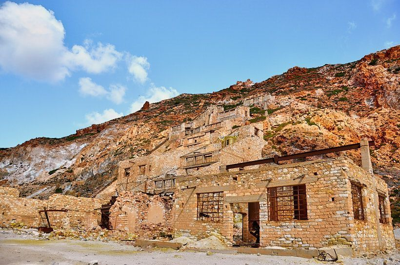 Milos isla cíclada de Grecia qué ver - Minas sulfuro