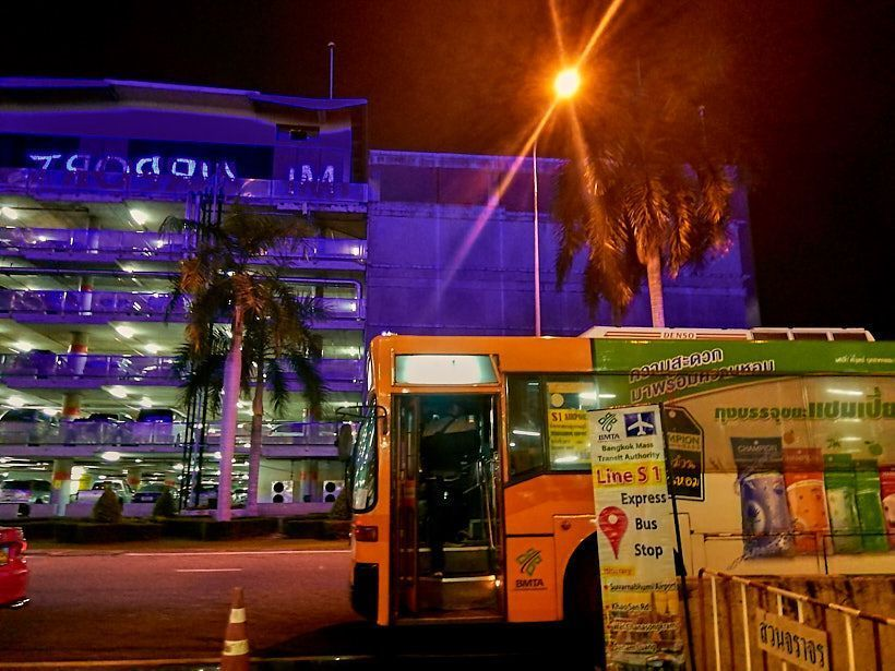 como llegar del aeropuerto de bangkok al centro