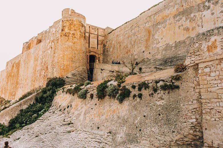 murallas bonifacio