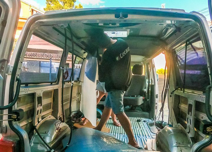 aislar techo furgoneta