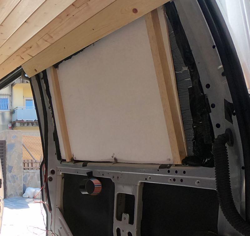 aislar ventanas furgoneta