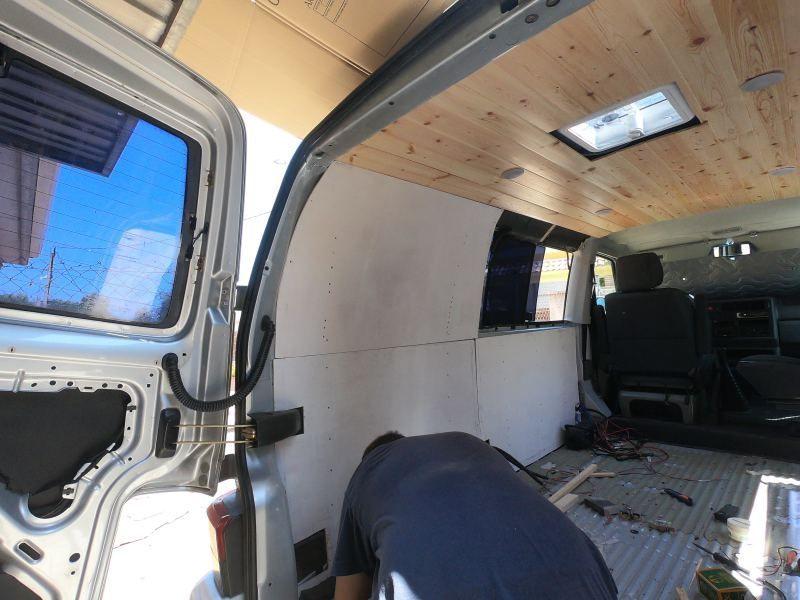 instalar contrachapado camper