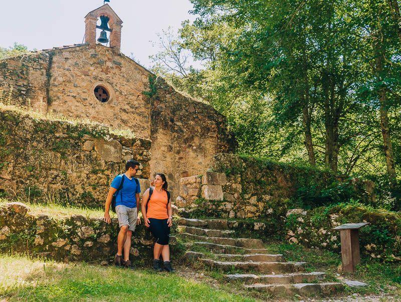 ermita ruta sant aniol d'aguja