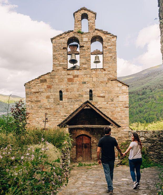iglesia Santa María de Cardet