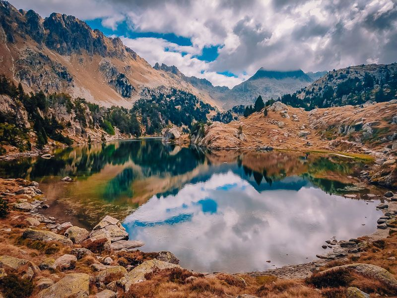 Estanh Clòth de Baish lagos circ de colomers vall d'aran