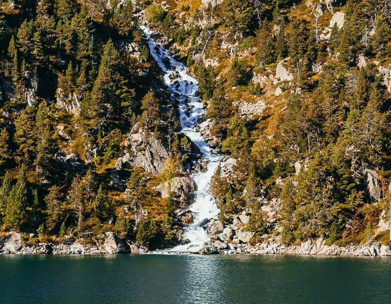 cascada lago de la restanca